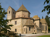 Ottmarsheim : abbatiale Saints-Pierre et Paul, exemple d'architecture ottonienne